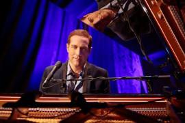 Romantic Piano Sensation Jim Brickman: A Joyful Christmas, Branson MO Shows (0)
