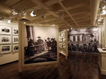 Titanic Museum Attraction Photo #11