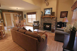 Beary Cozy Cabin at Stonebridge, Branson MO Shows (1)