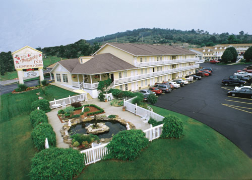 Honeysuckle Inn and Conference Center